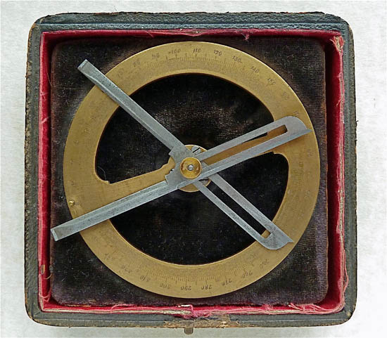 Full-circle contact goniometer with detachable limbs, Nachet, Paris